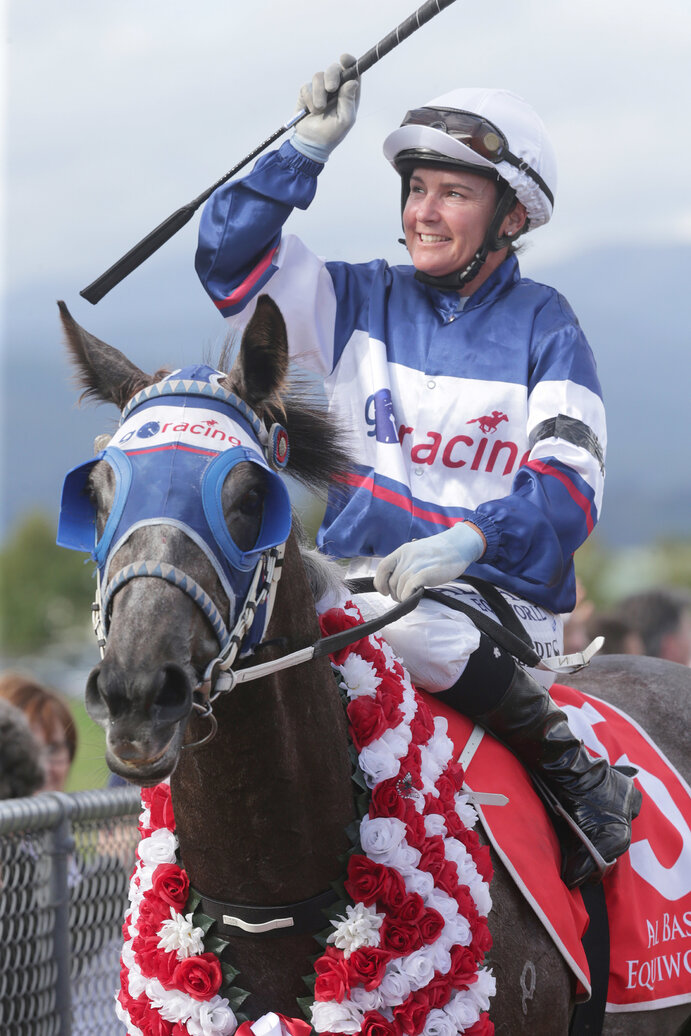 Sentimental Miss returning to scale after her Gr.1 victory - photo Trish Dunell