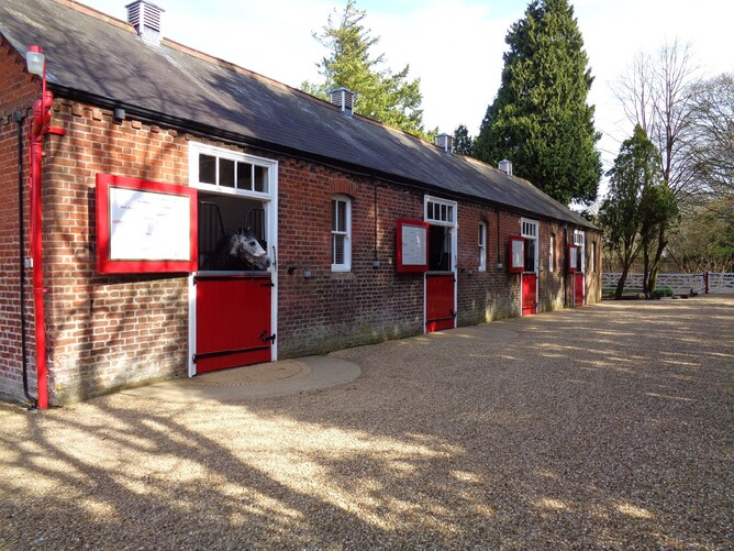 Cheveley Park Stud stallion boxes